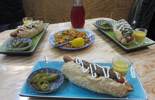 Vegane Hotdogs im Black Dog, Karlsruhe